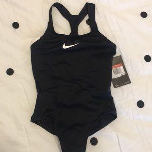 Nike girls one-piece swimsuit